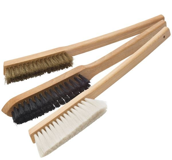 Long handle conservation brushes